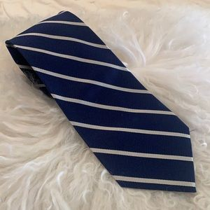 JOS A Bank Navy Striped Tie